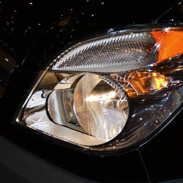 używane lampy samochodowe