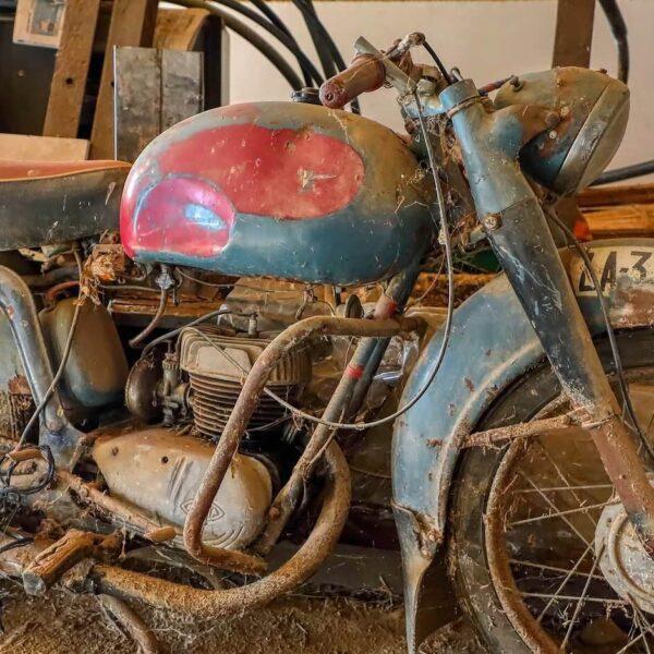 złomowanie motocykla